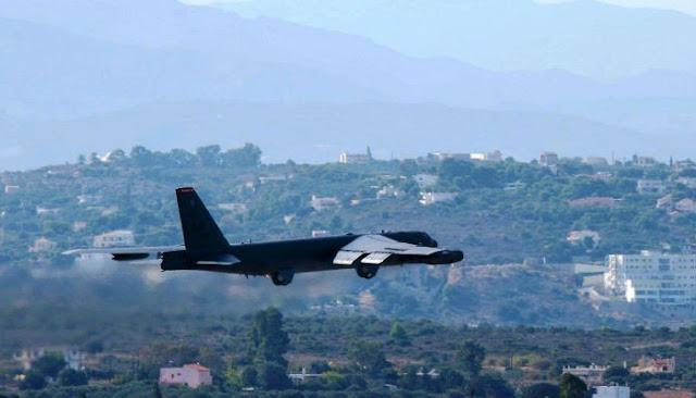 Ένα μεγαθήριο βομβαρδιστικό Β-52 για πρώτη φορά στα Χανιά
