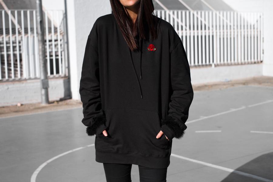 Sudadera negra con capucha Manila de Maray Alvarez