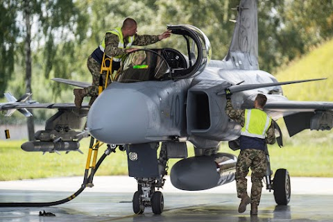 Több mint 40 éles riasztást kaptak már a magyar Gripenek a balti légtérben