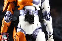 S.H. Figuarts Kamen Rider Valkyrie Rushing Cheetah 14