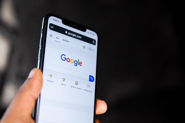 50 Pertanyaan Ini Paling Banyak Dicari di Google Tahun 2020