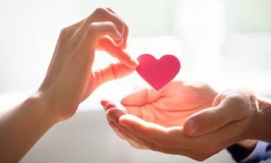 5 Reasons why you need to give to charity