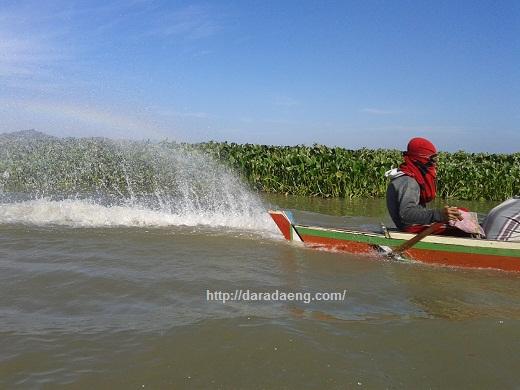 Perahu Nelayan Danau Tempe