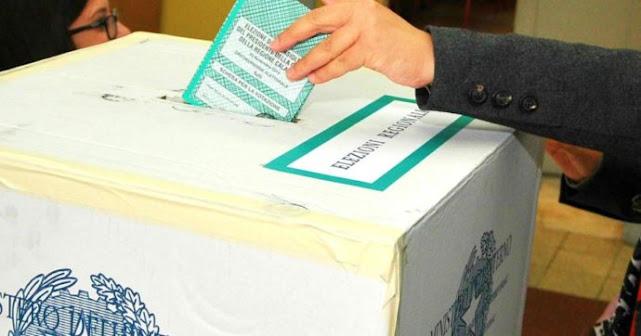 Mattarella firma il decreto legge per il rinvio delle elezioni amministrative
