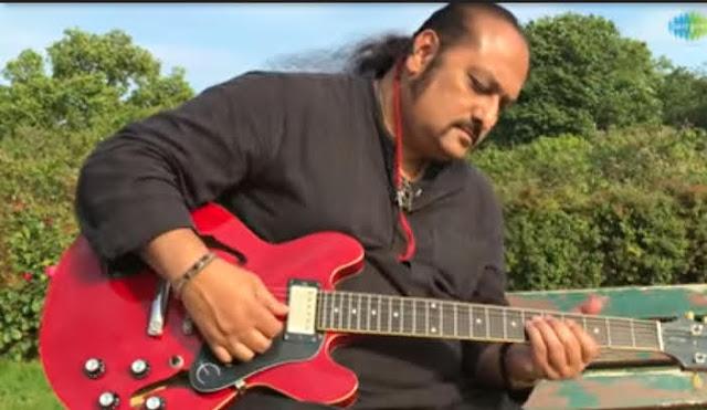Hindi Song Music Video 'Lag Ja Gale' सुंग By Kavya Jones