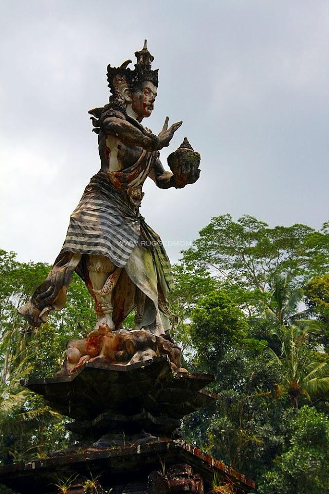 Bali | Kolam Suci di Pura Tirta Empul @ Tampak Siring