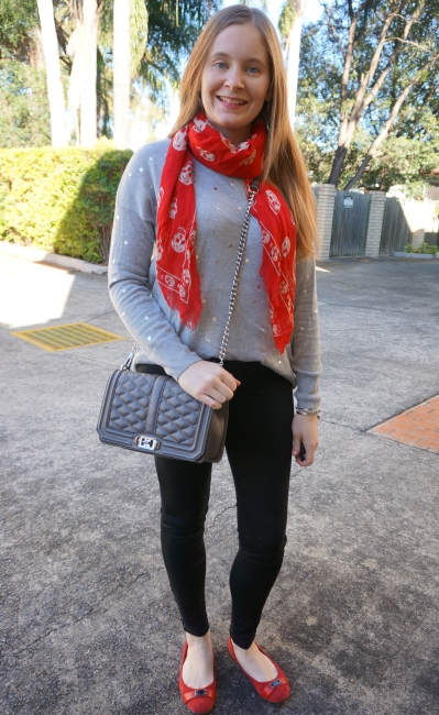 neutral foil print knit sweater and skinny jeans outfit with red accessories and alexander mcqueen skull scarf | awayfromblue
