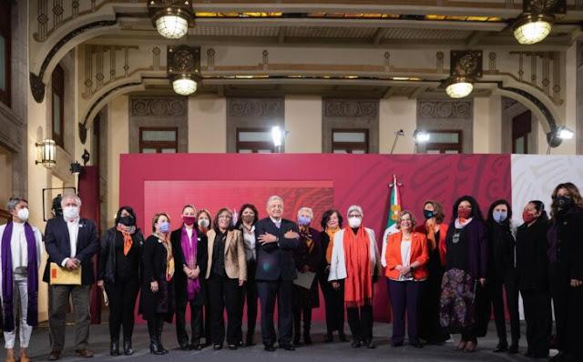 La SEGOB respalda los movimientos feministas y de las mujeres: representan demandas legítimas