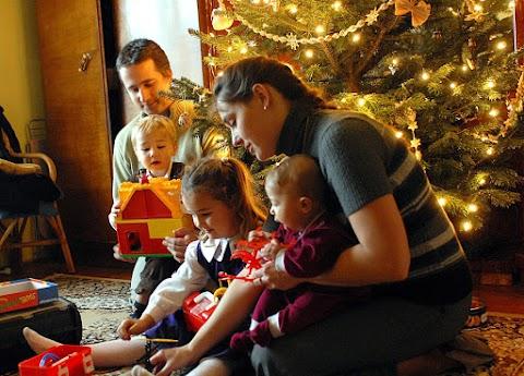Idén sem kapcsolja le az áramot karácsony környékén az E.ON