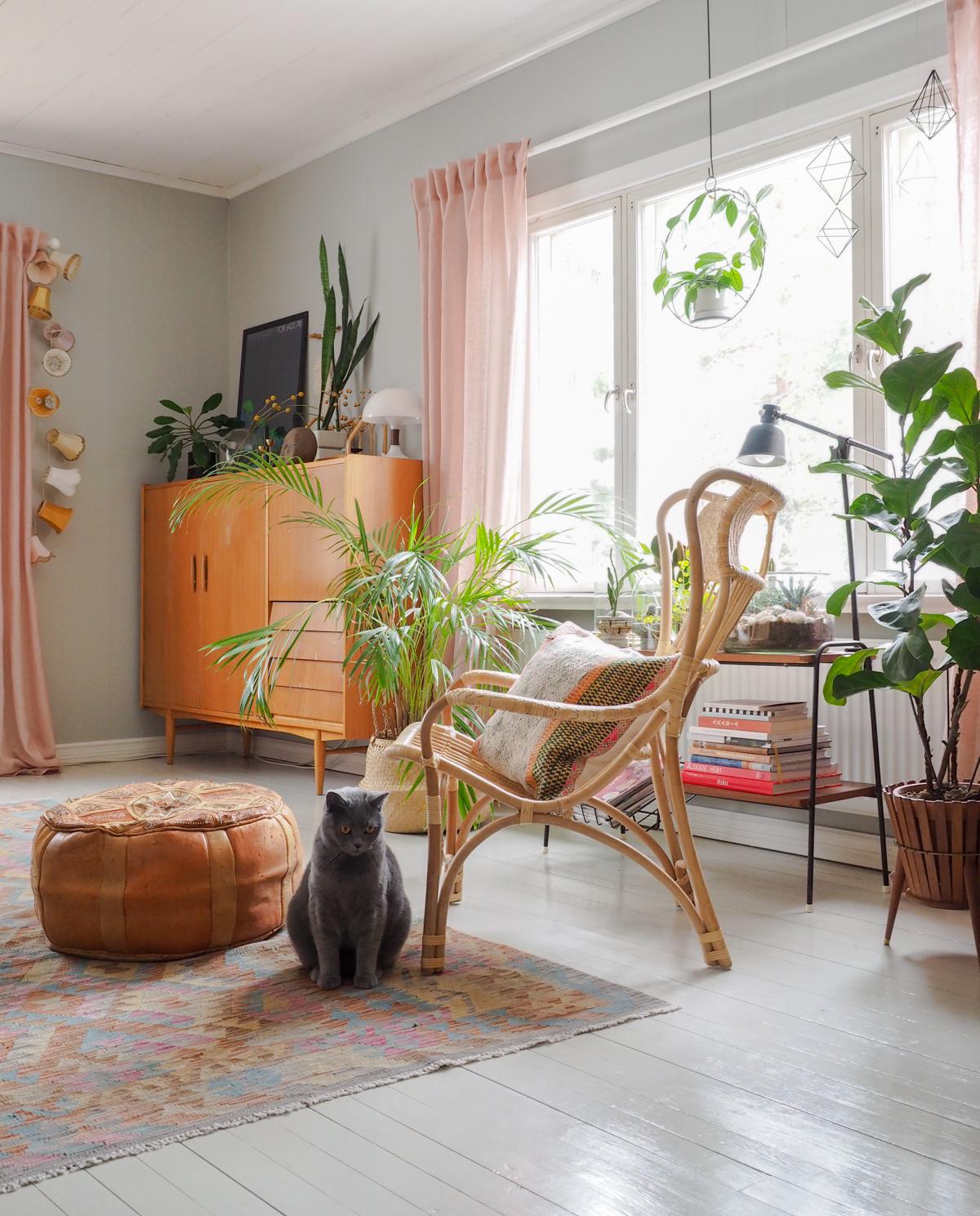 keväinen olohuone