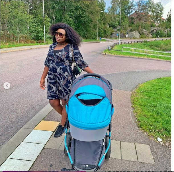 Actress Ruth Kadiri Chilling With Her Little Daughter Reign see Photos