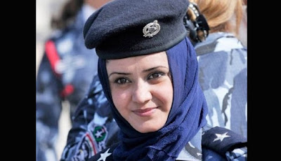Polisi Wanita Irak