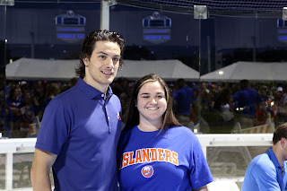 Mathew Barzal Catches Up With Fans