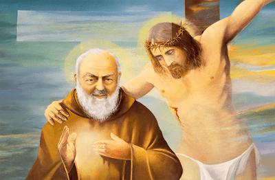 imagem de São Pio de Pietrelcina e de Jesus Cristo