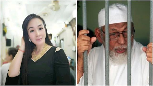 Ajiib!! Tak Hanya Dukung Prabowo, Aline Yoana Tan Juga Doakan Ustadz Ba'asyir