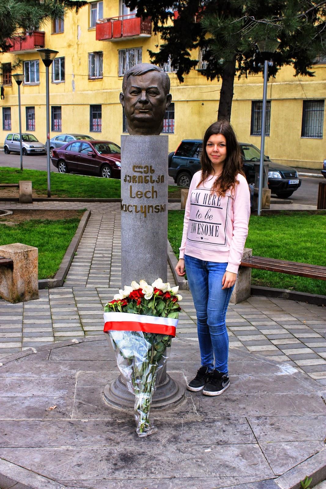 Tbilisi, pomnik Lecha Kaczyńskiego