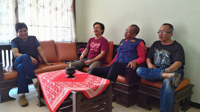 Ketua ORARI Lokal Tasikmalaya, YC1ACC, memimpin rapat persiapan dukungan komuniasi Operasi Ramadniya 2017.