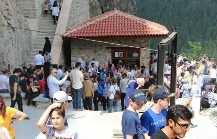 Μετά από 4 χρόνια η Παναγία Σουμελά στον Πόντο έχει ήδη χιλιάδες επισκέπτες