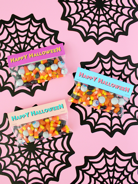 Printable Halloween Treat Bag Labels.