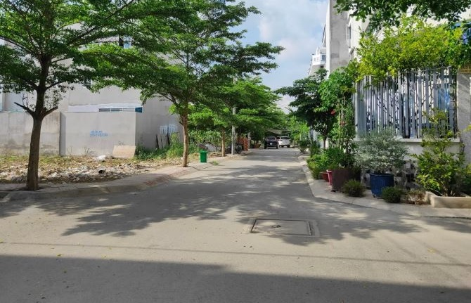 Bán nhà Lê Văn Lương
