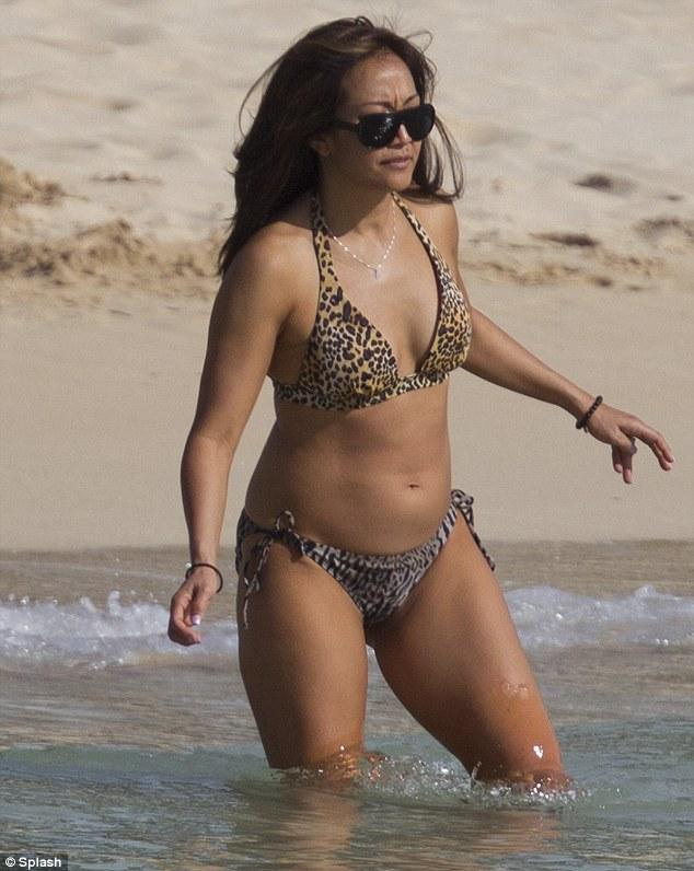 Carrie Ann Inaba says aloha to Hawaii in leopard print bikini