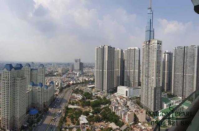 Khu căn hộ Vinhomes Central Park, The Manor và đoạn đường Nguyễn Hữu Cảnh được chụp từ căn hộ Saigon Pearl.