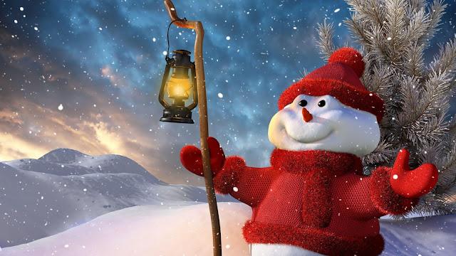 Mooie achtergrond met een sneeuwpop in de sneeuw. Met een rode trui, muts en wanten aan.