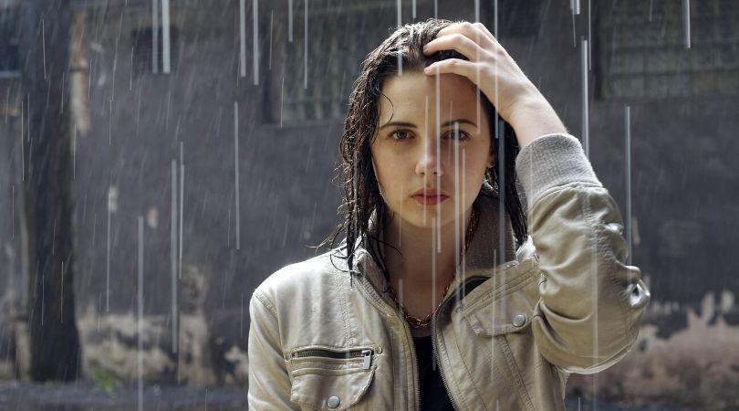 Arti mimpi hujan menurut Psikolog