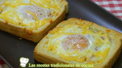 Receta fácil y económica de tostas con huevos y bacón