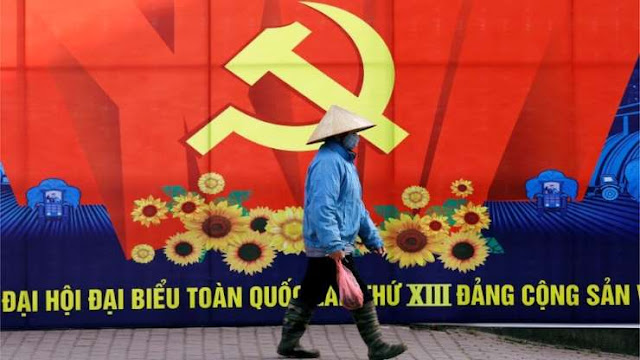 Vietnam's political elite elect new communist leaders