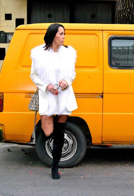 como vestir de blanco en invierno, asesora de imagen, total look white, mislooks, ginebra, imagen y estilo, streestyle, bucaneras, tapado blanco, zara