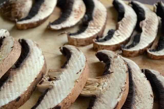 sliced portobello mushrooms