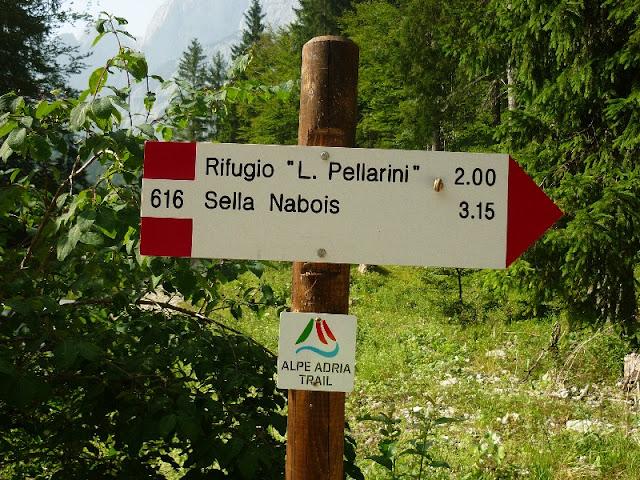 escursione al rifugio pellarini, valbruna