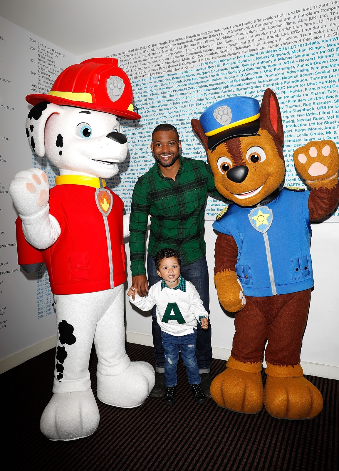 nickalive celebrities and their families join paw patrol. Black Bedroom Furniture Sets. Home Design Ideas