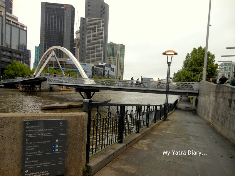 The Yarra River walk in Melbourne, Australia