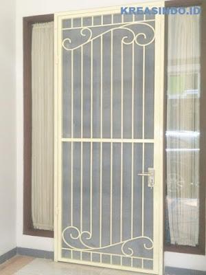 Harga Berbagai Macam Model Pintu Kawat Nyamuk Besi Minimalis dan Tempa Terbaru Harga Bersain