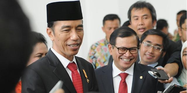 Ajakan Beli Bipang Online Bukti Jokowi Mudah Disetir Orang SekelilingnyaAjakan Beli Bipang Online Bukti Jokowi Mudah Disetir Orang Sekelilingnya