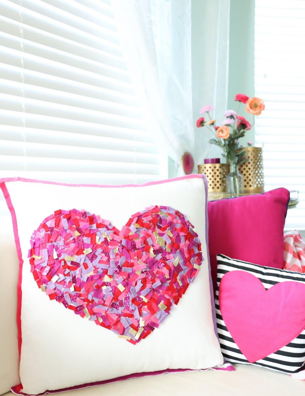 Craft It A No Sew Felt Confetti Pillow A Kailo Chic Life