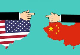 """दक्षिण चीन सागर में ऑफ-शोर संसाधनों के लिए चीन के दावों को गैरकानूनी और """"स्वतंत्र और खुले इंडो-पैसिफिक"""" कहकर, संयुक्त राज्य अमेरिका ने अपनी कथित """"अलगाववादी"""" नीति को उलट दिया है और अपने आसियान भागीदारों के लिए अपनी मजबूत प्रतिबद्धता की फिर से पुष्टि की है और जापान और ऑस्ट्रेलिया के प्रमुख सहयोगी।"""