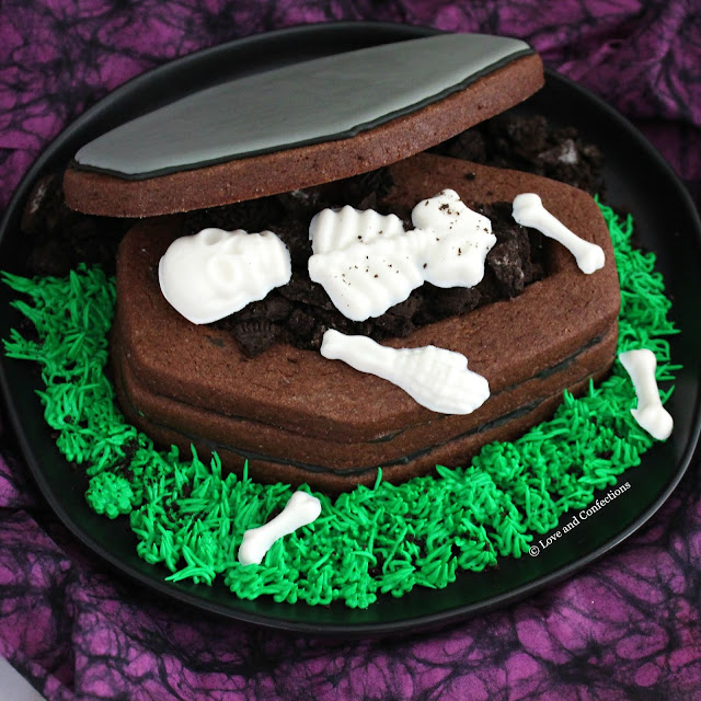 Chocolate Sugar Cookie Coffin Boxes from LoveandConfections.com #HalloweenTreatsWeek #ad