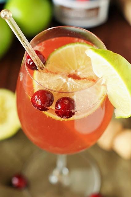 Sparkling Cosmopolitan Cocktail Image