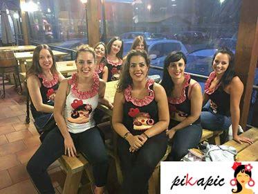 Despedida de soltera flamenca de Laura en Llanes (Asturias) Pikapic