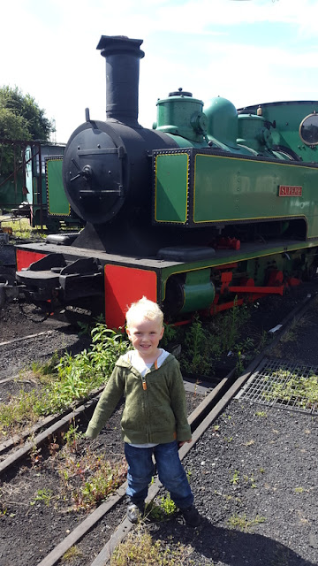 Whoopidooings: Rocking My World Friday - SKLR light railway