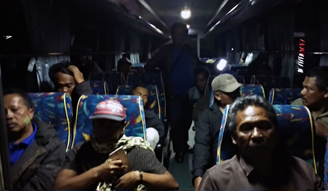 Penjemputan warga Lumajang di Wamena