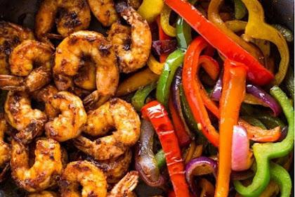 Recipe: Meal-Prep Shrimp Burrito Bowls