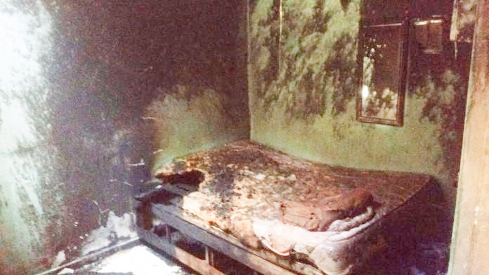 Bombeiros apagam incêndio em residência no bairro Lomanto Júnior - Portal Spy