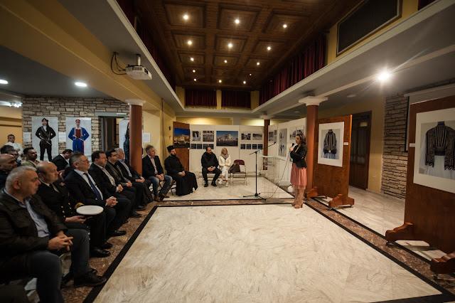 Ηγουμενίτσα: Εγκαίνια της έκθεσης φωτογραφίας για τους Εύζωνες