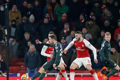 Bagi Anda Penggemar Sepak Bola Jangan lewatkan Live Streaming Manchester City Vs Arsenal di Mola TV