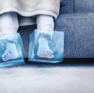 الأسباب الستة لبرودة القدمين | وعلى ماذا تدل برودة القدمين