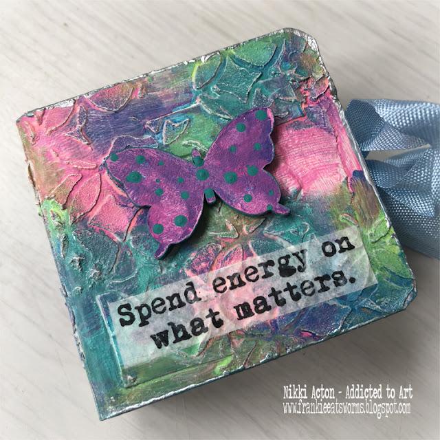 Tando Creative Mini Books by Nikki Acton